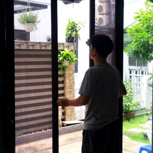cửa lưới chống muỗi tại long biên